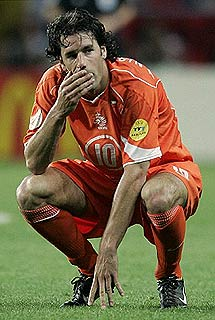 EURO 2004 A Táctica e a estética dos sistemas1