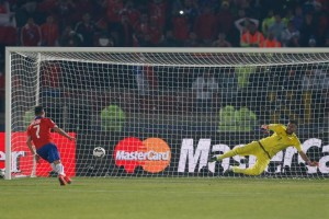 alexis penaltie copa américa 2015